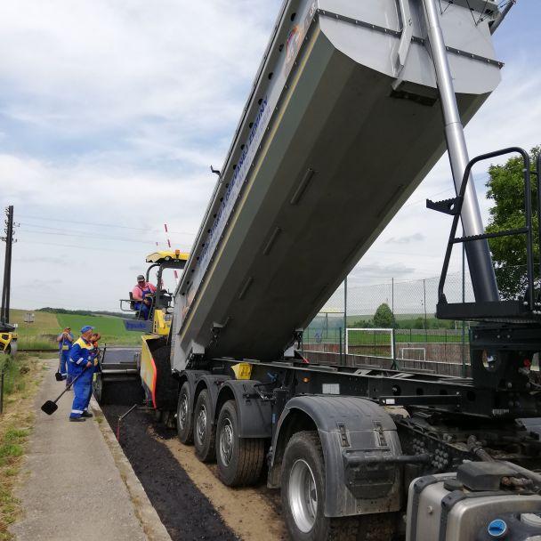 Rekonštrukcia Cintorínskej ulice a cesty k úradovni a potravinám v Mýtnej Novej Vsi