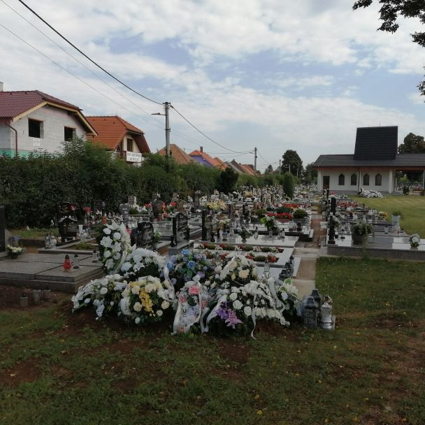 Nová ohrada na cintoríne