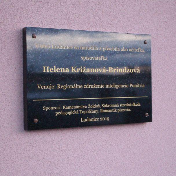 Pamätná tabuľa - Helena Križanová - Brindzová