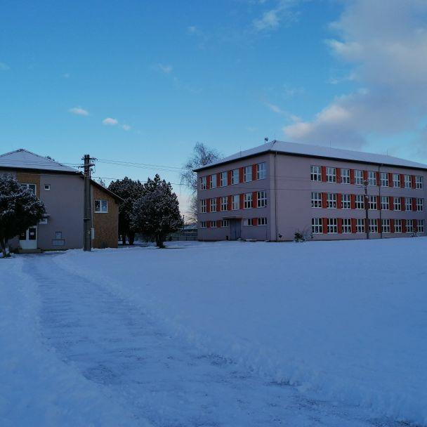 Ludanice pod snehom
