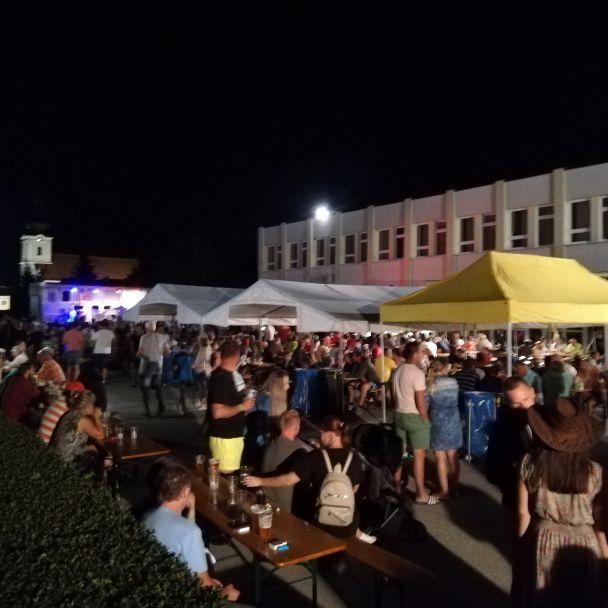 Deň obce Ludanice - večerná zábava