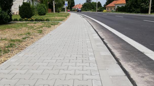 Rekonštrukcia chodníka v Mýtnej Novej Vsi