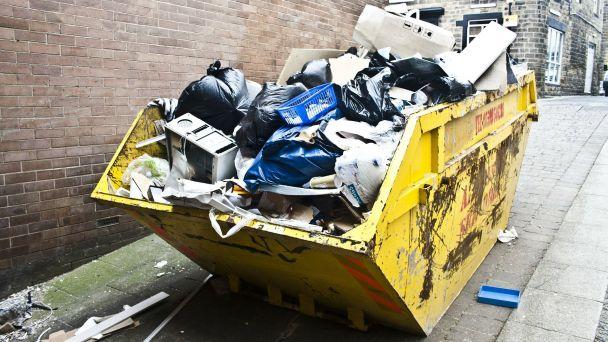 Zber nebezpečných odpadov a elektroodpadu